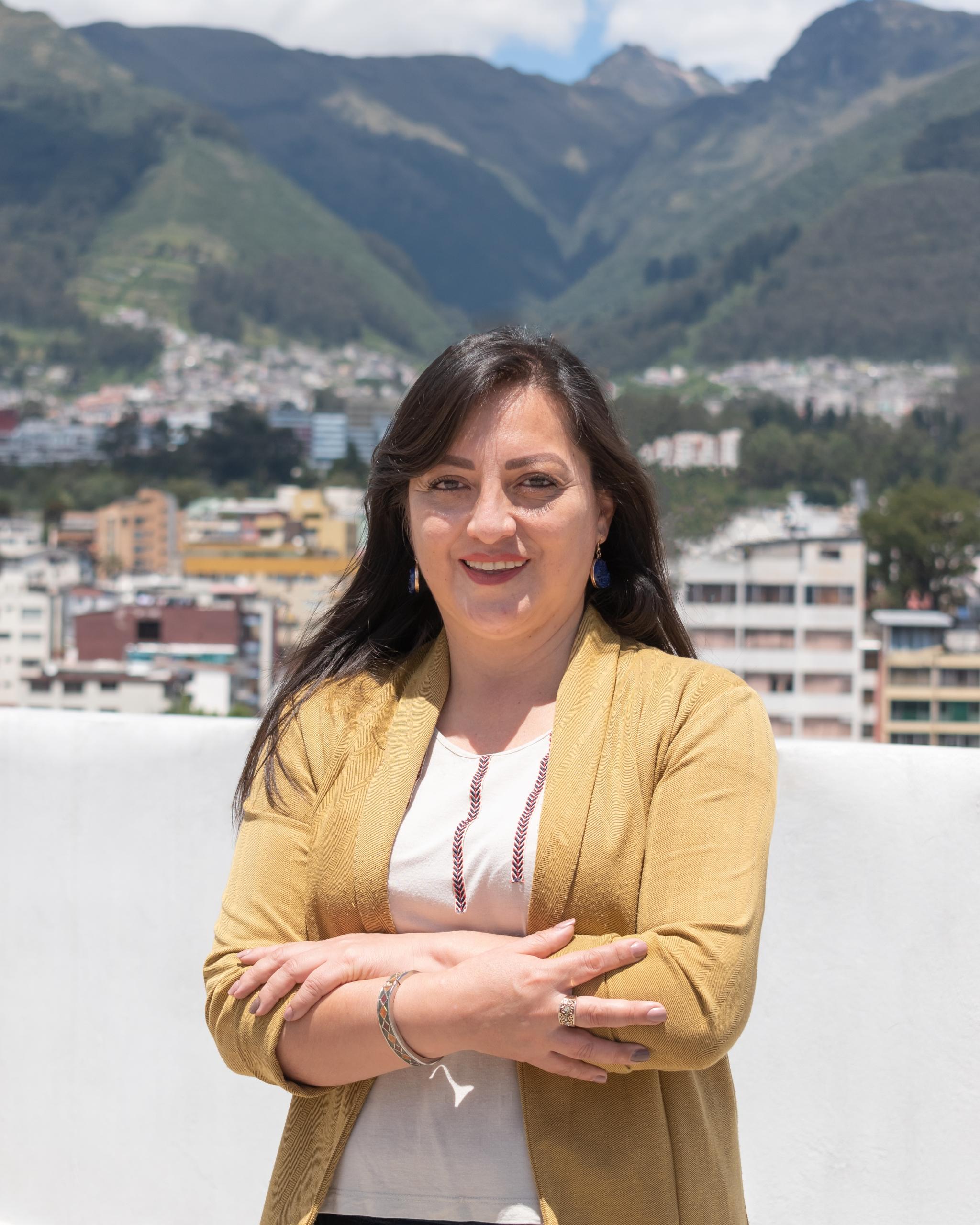 Mónica Zurita  Gerente Comercial